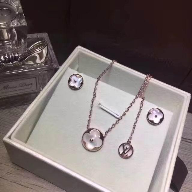Wholesale LV Replica Jewelry Sets-040